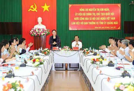 Quang Ngai can day manh phat trien kinh te bien - Anh 1