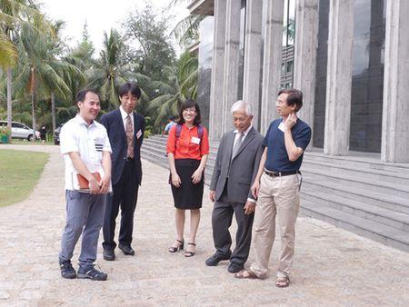 Bon giao su Nhat Ban tham gia nhom Vat ly Neutrino Viet Nam - Anh 5
