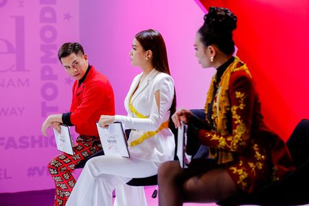 Nam Trung: 'Khong ton trong, Hoang Yen dung mong di chung cua voi toi' - Anh 1