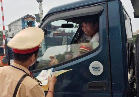 Hai Phong: Khong de xay ra TNGT duong sat - Anh 1