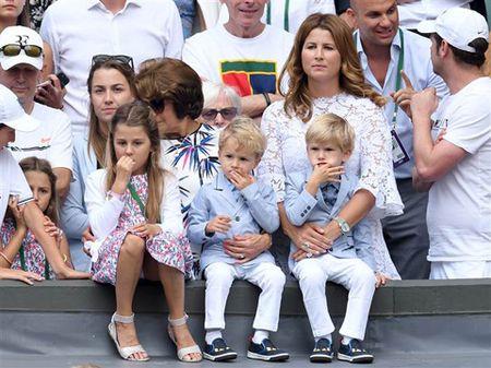 Federer la ong bo mau muc, cham lam viec nha, khong lam duoc thi nho... huan luyen vien - Anh 1