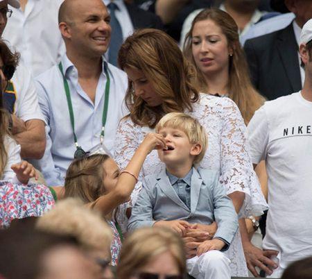 Federer la ong bo mau muc, cham lam viec nha, khong lam duoc thi nho... huan luyen vien - Anh 2