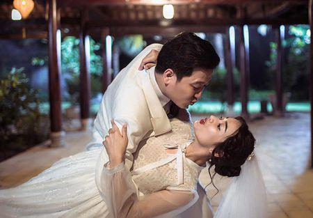 Sao Viet 18/7: Nha Phuong he lo chuyen tinh cam ran nut voi Truong Giang? - Anh 1