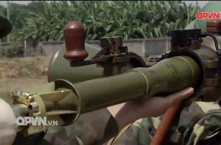Dang ne sung chong tang SPG-9 do Viet Nam san xuat - Anh 11