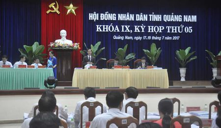 Khai mac ky hop thu 5, HDND tinh Quang Nam khoa 9: Tim giai phap dieu chinh, co cau cac nguon thu noi dia - Anh 1
