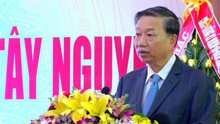 Ky niem 15 nam thanh lap Ban chi dao Tay Nguyen: Dong hanh cung voi su phat trien cua toan vung - Anh 1