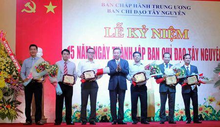 Ky niem 15 nam thanh lap Ban chi dao Tay Nguyen: Dong hanh cung voi su phat trien cua toan vung - Anh 2