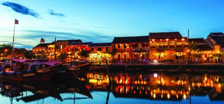 Hoi An lot vao top 15 thanh pho tuyet voi nhat the gioi - Anh 1