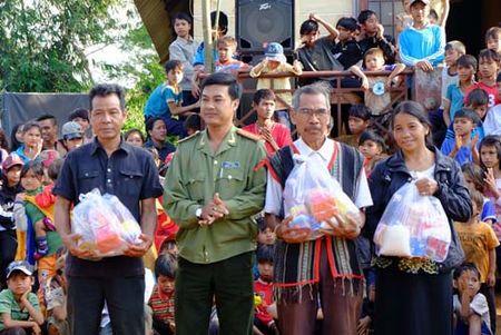 Gan 100% thon, buon o Tay Nguyen co chi bo dang - Anh 1