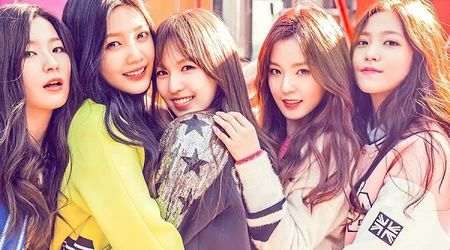 4 girl group vua ra mat da lien tuc gianh cup - Anh 10