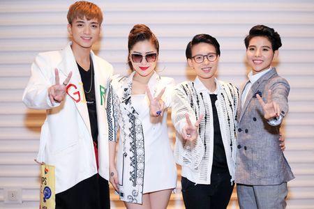 The Voice Kids 2017 khong chieu tro chi dung tinh cam de chinh phuc thi sinh - Anh 2