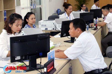 Trung tam Hanh chinh cong Ha Tinh tiep nhan 511 ho so, thu tuc cua cong dan - Anh 1