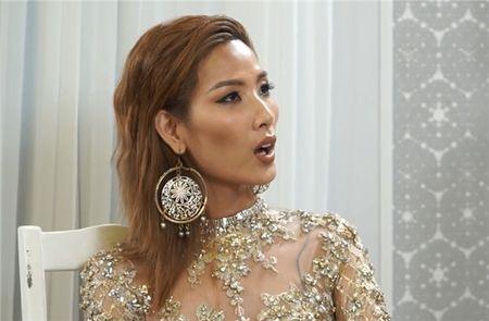 The Face tap 6 lai cat phang man cai co nay lua cua Lukkade va Hoang Thuy? - Anh 5