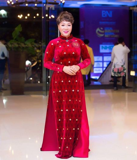 A quan Top Face BNI Viet Nam 2017 Bui Tuyet Mai: 'Nghi lon, tu duy lon de thanh cong' - Anh 1