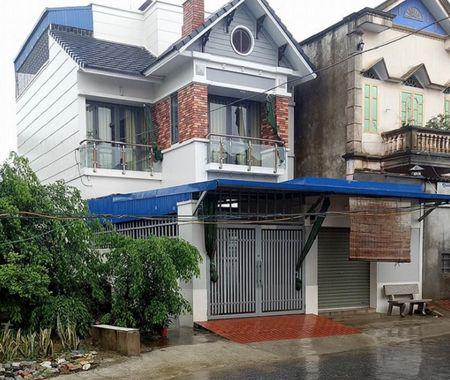 Hang loat chau be bi mac benh sui mao ga o Hung Yen: Phong kham khong co giay phep hoat dong - Anh 1