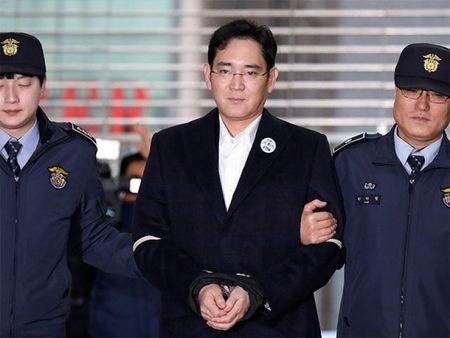 Tim thay them tai lieu buoc toi cuu Tong thong Han Quoc Park Geun-hye - Anh 5