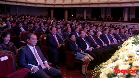 Tham tinh huu nghi trong Ngay hoi Van hoa, Du lich Lao tai Viet Nam - Anh 4