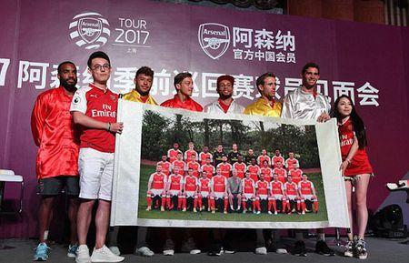 Sao Arsenal mua vo kungfu tren dat Trung Quoc - Anh 6