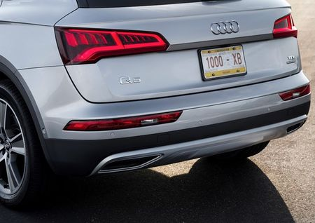 Mau SUV hoan toan moi cua Audi co gia hon 2 ty dong - Anh 6