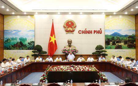 Thu tuong chu tri cuoc hop Thuong truc Chinh phu - Anh 2