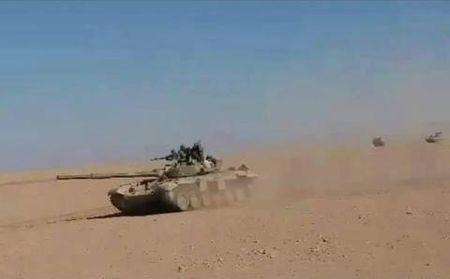 SDF tuot xich giua cuoc dua vao Dier Ezzor - Anh 2