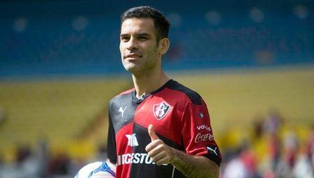 Dinh toi xa hoi den, Rafael Marquez da lien luy ca dat nuoc Mexico - Anh 3