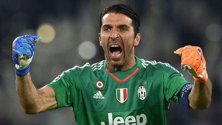 Doi hinh ket hop Juve - Lazio: Thanh Turin ap dao - Anh 1