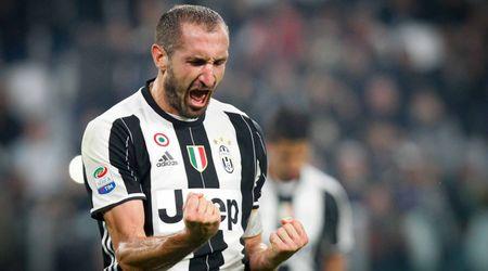 Doi hinh ket hop Juve - Lazio: Thanh Turin ap dao - Anh 3