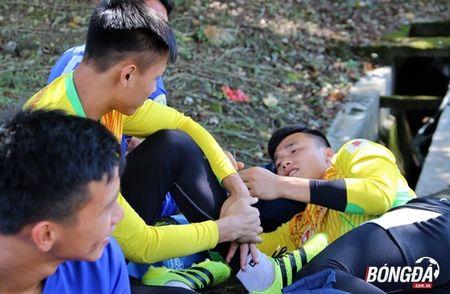 Bi chu nha SEA Games 29 lam kho, U22 Viet Nam 'va vat' le duong - Anh 1