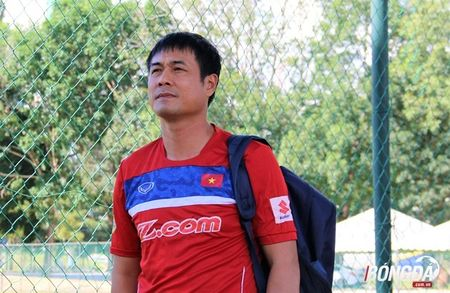 Bi chu nha SEA Games 29 lam kho, U22 Viet Nam 'va vat' le duong - Anh 2
