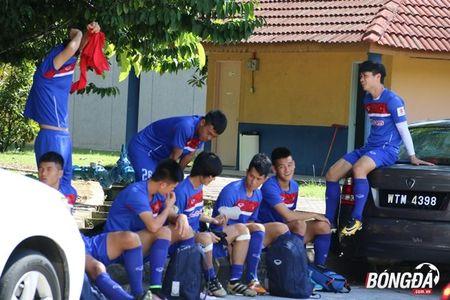 Bi chu nha SEA Games 29 lam kho, U22 Viet Nam 'va vat' le duong - Anh 3