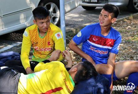 Bi chu nha SEA Games 29 lam kho, U22 Viet Nam 'va vat' le duong - Anh 4