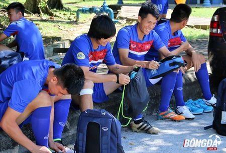 Bi chu nha SEA Games 29 lam kho, U22 Viet Nam 'va vat' le duong - Anh 5