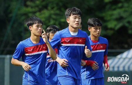 Bi chu nha SEA Games 29 lam kho, U22 Viet Nam 'va vat' le duong - Anh 7