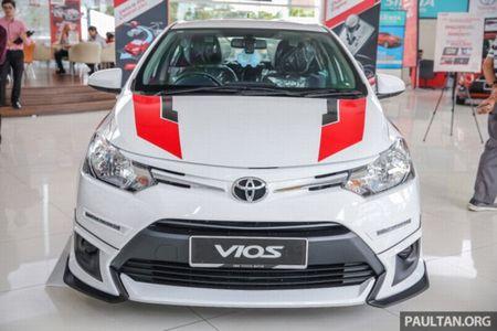 Soi 'Xe hop' Toyota Vios Sports Edition 2017 gia 452 trieu - Anh 3