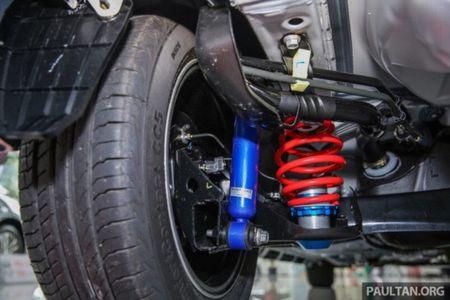 Soi 'Xe hop' Toyota Vios Sports Edition 2017 gia 452 trieu - Anh 7