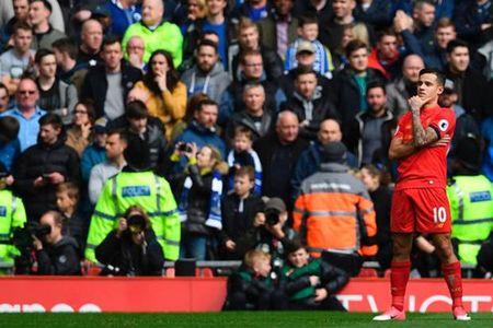 Liverpool khong cho di, Coutinho cang thang voi CLB - Anh 2