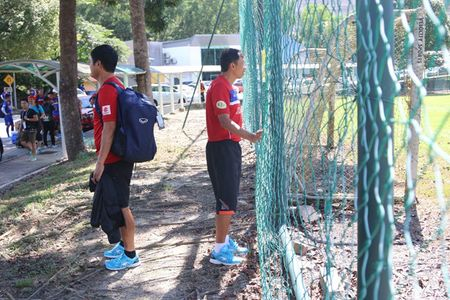 U.22 Viet Nam lai bi hanh, HLV Huu Thang uc che voi chu nha SEA Games 29 - Anh 1