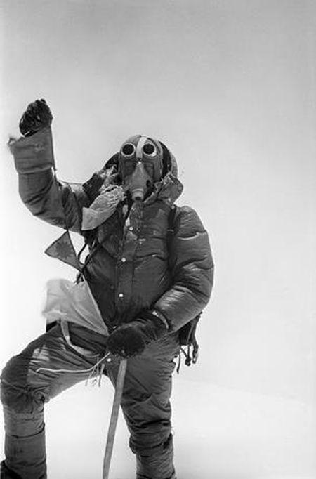 Anh hiem ve chuyen chinh phuc dinh Everest cua doan tham hiem Lien Xo - Anh 8