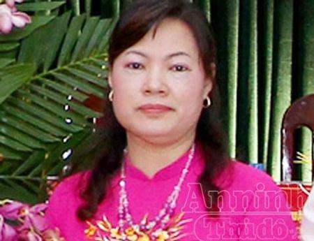 Bat nu Bi thu Dang uy phuong dieu hanh duong day ghi lo, de gan 5 ti dong - Anh 1