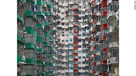 'Suc ep Tokyo': Mat trai cua nhung sieu do thi - Anh 4