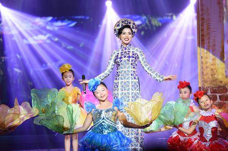 Le Quyen hoa co dau then thung ben Quang Dung - Anh 11