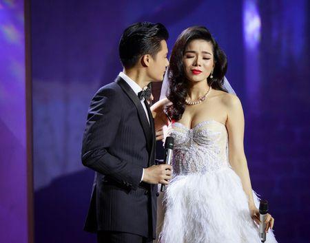 Le Quyen hoa co dau then thung ben Quang Dung - Anh 1