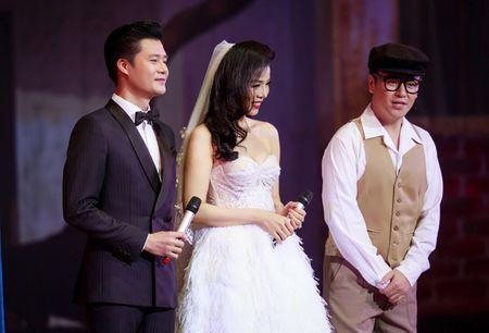 Le Quyen hoa co dau then thung ben Quang Dung - Anh 2