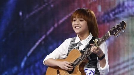 Bo Thien Khoi tiet lo tat xau cua con trai sau dem dang quang Quan quan Vietnam Idol Kids - Anh 3