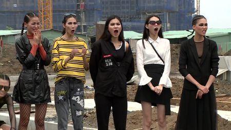 VNTM All Stars: Da khoc, da xiu nhung day la lan dau tien Cha Mi bi Nam Trung doa duoi ve - Anh 3