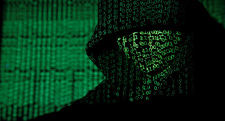 Hacker 'mu trang' ra tay tro giup he thong khong quan My - Anh 1
