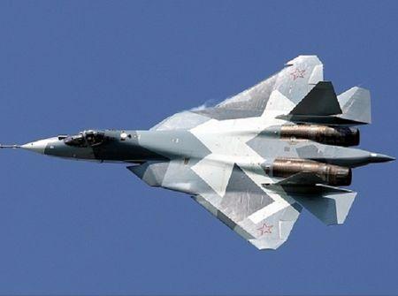 Khong quan Nga nhan hon 400 may bay va truc thang moi trong nam 2017 - Anh 1