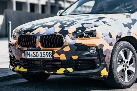 SUV Coupe BMW X2 hoan toan moi 'khoac' camo xuong pho - Anh 12