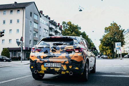 SUV Coupe BMW X2 hoan toan moi 'khoac' camo xuong pho - Anh 8